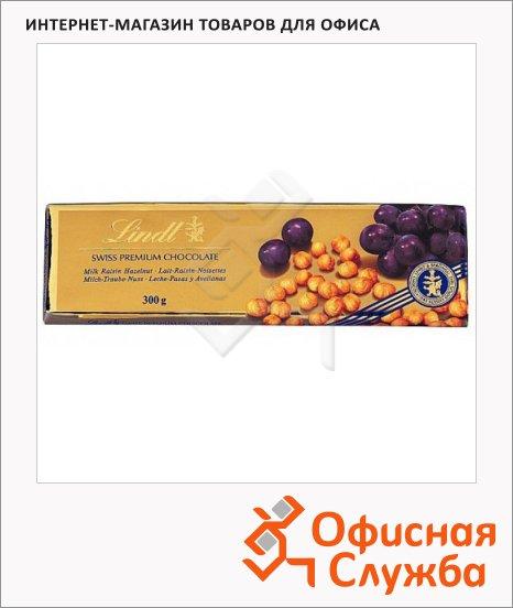 фото: Шоколад Lindt Swiss Premium молочный с изюмом и фундуком, 300г