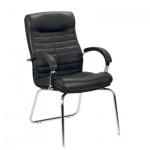 Кресло посетителя Nowy Styl Orion CFA нат. кожа, черная, на ножках