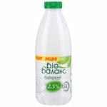 Кефирный продукт Bio Баланс натуральный 2.5%, 930г