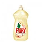 Средство для мытья посуды Fairy Нежные руки 0.5л, ромашка/ витамин Е, гель