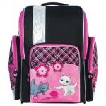 Ранец для девочек Brauberg Котята, розово-черный, пластиковые ножки